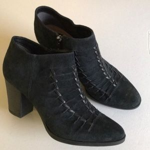 Gorgeous Franco Sarto Black Suede Booties